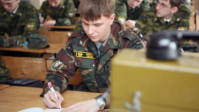 В российских вузах исчезнут военные кафедры