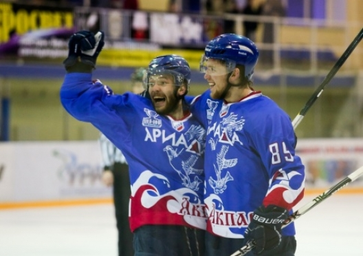 Волжской «Ариаде» вручили бронзовые медали прошедшего первенства ВХЛ