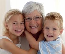 С марта многодетные мамы получат прибавку к пенсии
