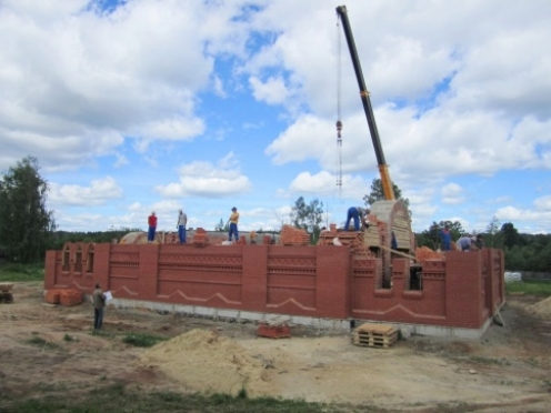 В поселке Килемары продолжается строительство православного храма