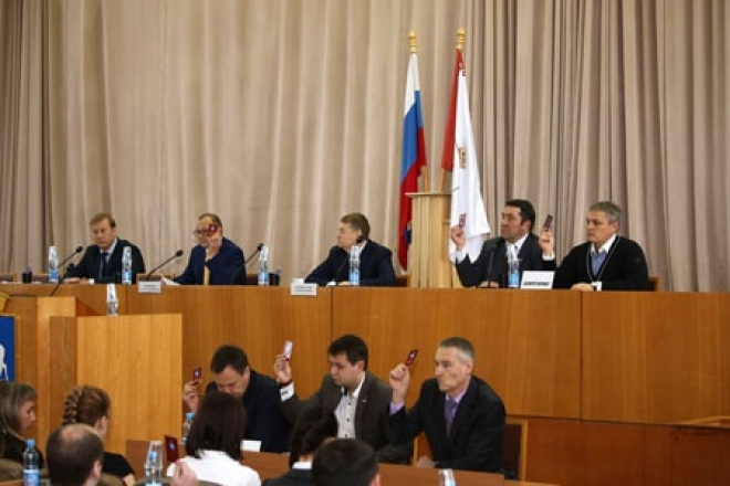 Глава РМЭ Леонид Маркелов прокомментировал журналистам ситуацию с отставкой мэра Йошкар-Олы