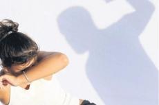 Ревнивец-дебошир за избиение жены может провести на зоне три года