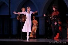 Театр Эрика Сапаева дает балет «Ромео и Джульетта» в замке Шереметева
