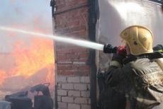 В Медведевском районе сгорел цех деревообработки