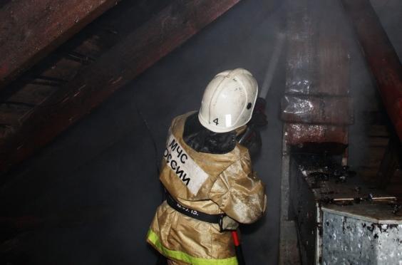 Стали известны подробности ночного пожара в деревне Покровка
