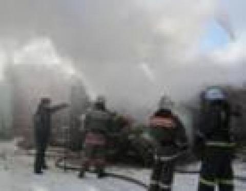 В п.Новом Торъяле (Марий Эл) пожарные расчехлили пеногенераторы