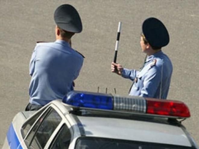 В Волжске водитель иномарки устроил транспортный коллапс