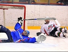 «Ариада» начала домашнюю серию с поражения от одного из лидеров чемпионата ВХЛ
