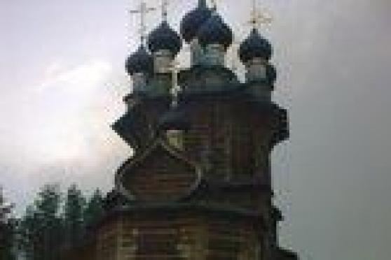В Марий Эл спасают монастырские иконы и святую утварь