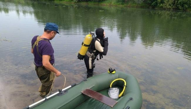 В Юрино водолазы подняли тело мужчины с глубины 4-х метров