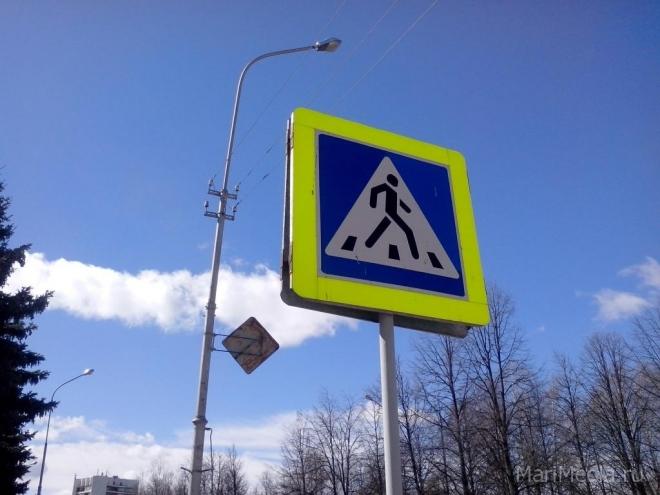Госавтоинспекторы обратили внимание на пешеходов