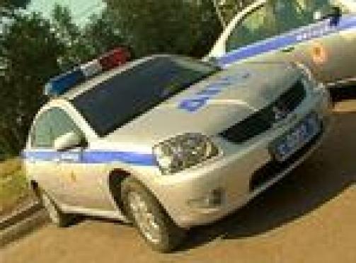 В Марий Эл сотрудники полиции были вынуждены открыть огонь по машине с подростками