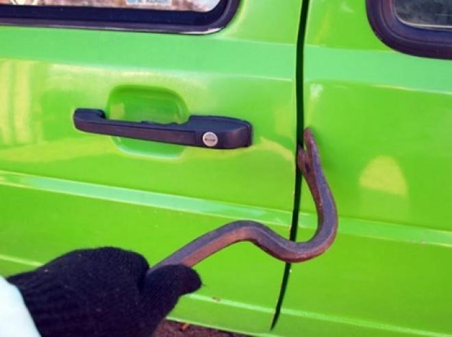 В Йошкар-Оле задержали серийных угонщиков автомобилей