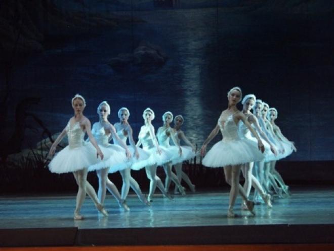 137 лет назад театралам презентовали «Лебединое озеро»