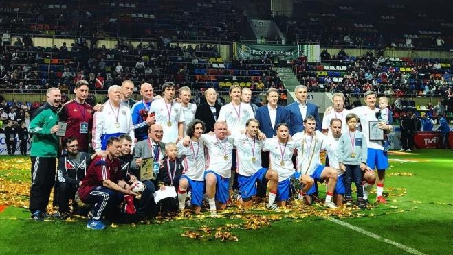 Сборная России вновь выиграла «Кубок легенд» по футболу