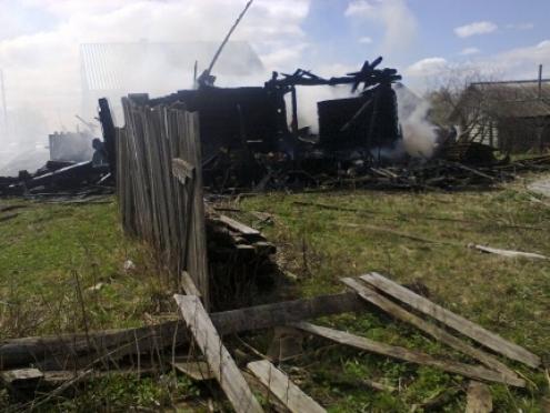 В Горномарийском районе малыши устроили пожар