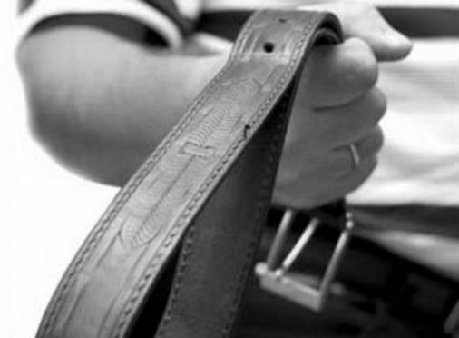 В Марий Эл отец предстанет перед судом за то, что порол сына