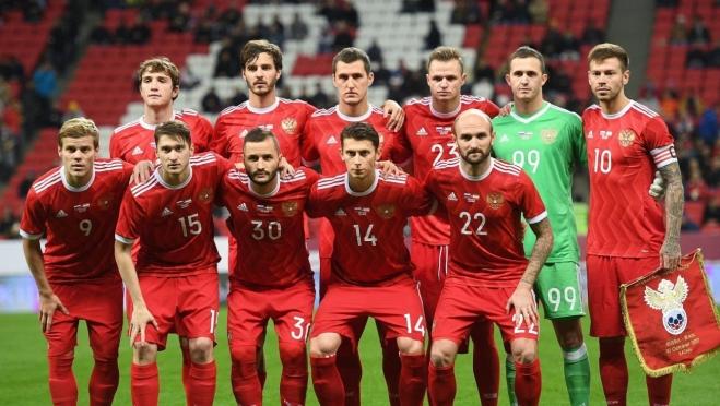 Футболисты Сборной России за победу получают более миллиона рублей каждый