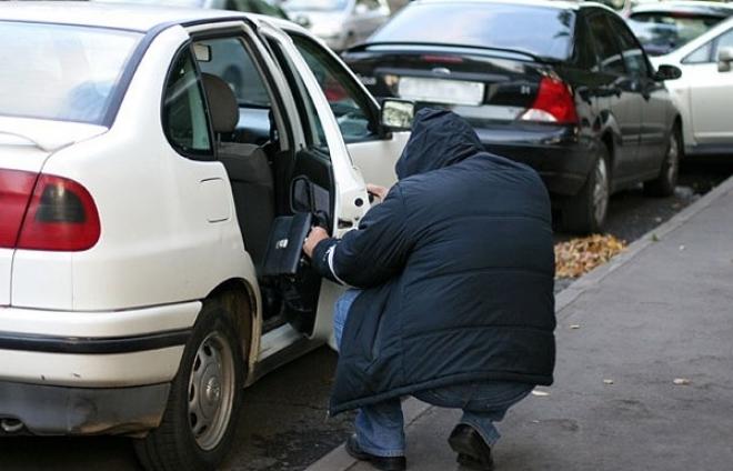 В Марий Эл грабят автомобили припаркованные у детских садов