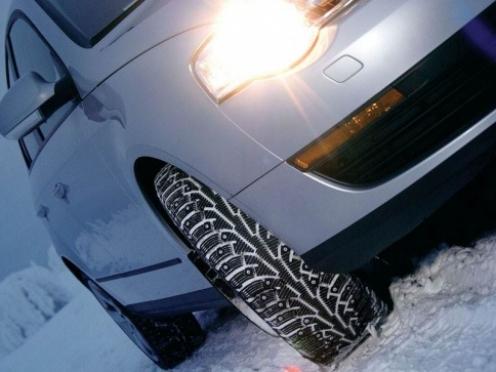 Закон о штрафах за летнюю резину зимой может быть принят до конца года