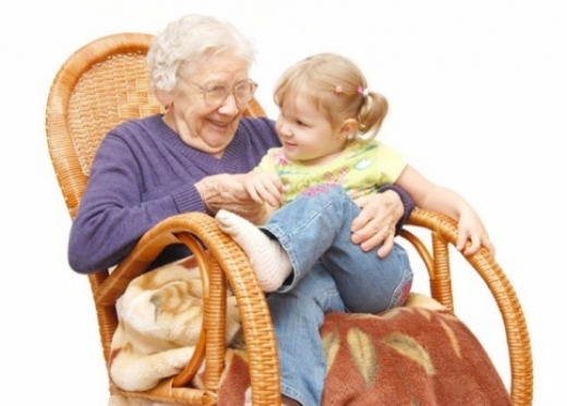 Более 130 000 женщин-пенсионеров готовятся принимать поздравления 8 Марта