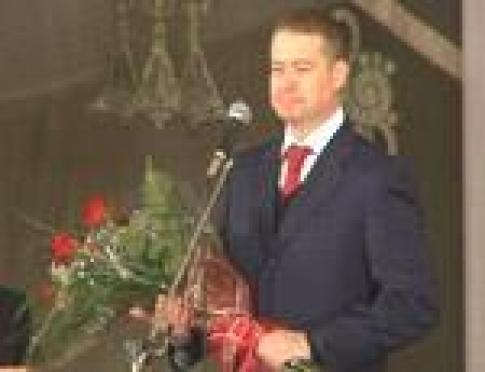 Главе Марий Эл вручили высшую награду Союза художников России