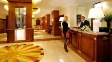 Постояльцам российских гостиниц разрешили платить за половину суток