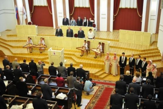 За пять лет депутаты Марий Эл приняли 364 республиканских закона