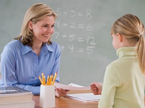 Учителя будут ходить к больным детям на дом
