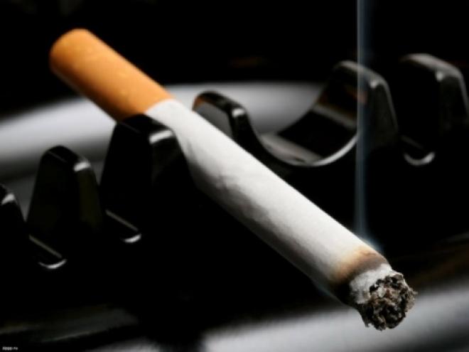 В одной из школ Новоторъяльского района продавали сигареты