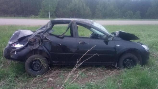 Автомобиль Lada Granta оказался в кювете, водитель попал в больницу