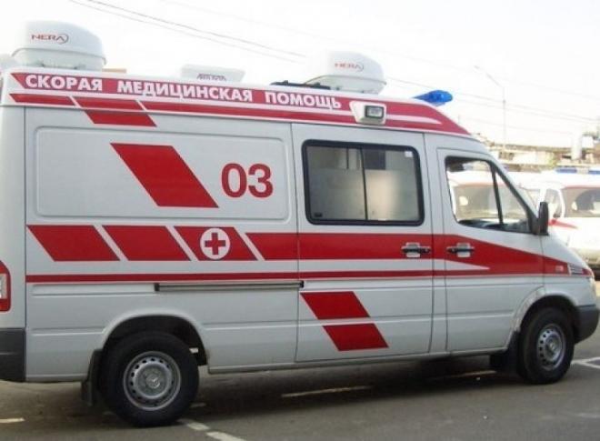 Сотрудников скорой помощи с места ДТП отвезли в больницу