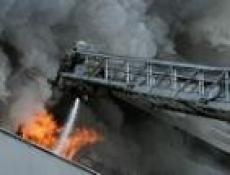 Пожарные Йошкар-Олы не допустили паники в многоквартирном доме по ул.Петрова, 21