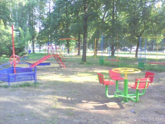 Ещё три детские площадки появятся в Йошкар-Оле на этой неделе
