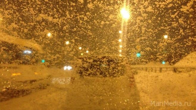 Синоптики прогнозируют предстоящей ночью сильный снег
