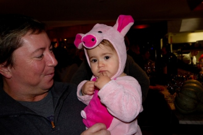 В барах и ресторанах отдыхать с маленькими детьми должны только трезвые родители