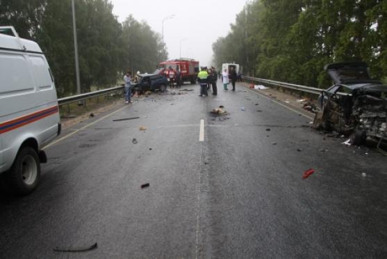 Водитель, по чьей вине в ДТП погибли шесть человек, предстанет перед судом