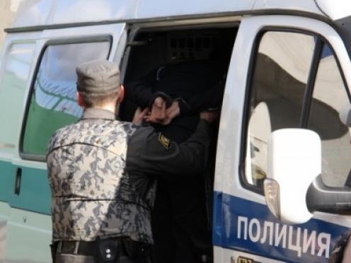 Полицейские в Волжске по горячим следам раскрыли разбой