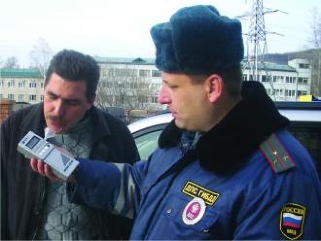 Полицейские предпочитают алкотестер