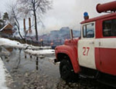 Нерасчищенные дороги превратили обычное тушение пожара в целую спасательную операцию