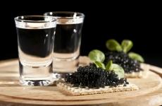 Россияне стали меньше пить водку