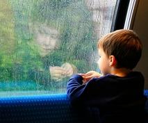 В России хотят ужесточить требования к усыновлению детей иностранцами