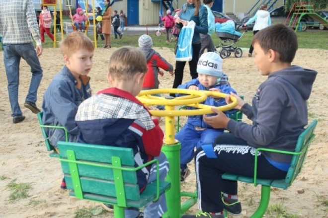 В Йошкар-Оле продолжается благоустройство городских дворов