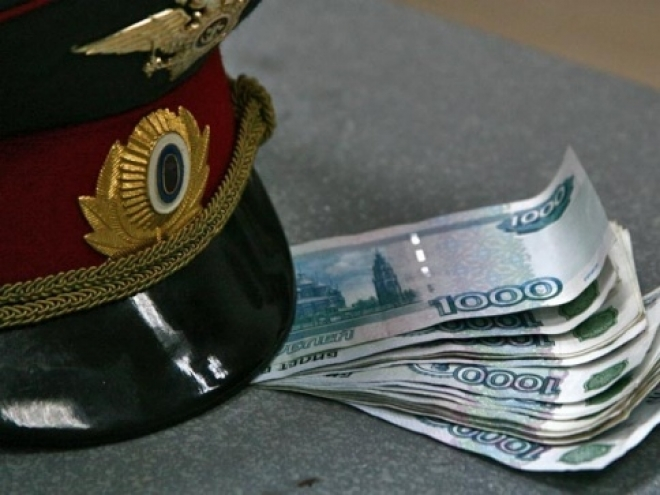 Вячеслав Бучнев разбирается по факту получения взятки своим подчиненным