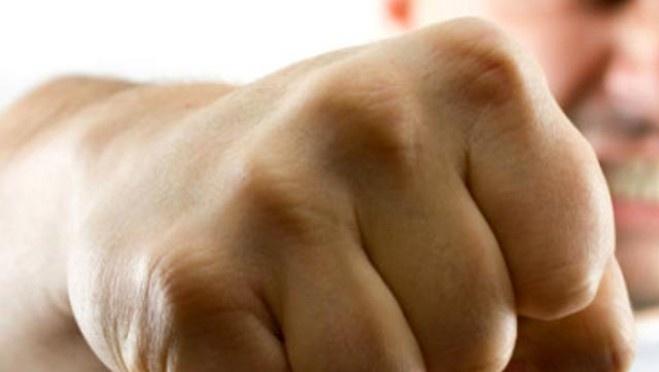 Рецидивист избил и задушил сожительницу