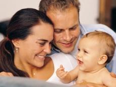 В России решили переписать потенциальных приемных родителей