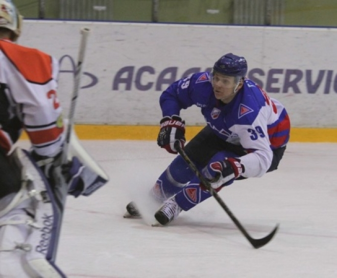 «Ариада», проиграв «Ермаку», вышла в плей-офф чемпионата ВХЛ