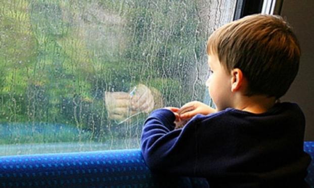 Родителей, лишенных родительских прав, будут лишать и жилья