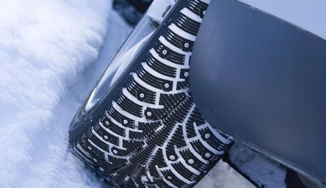 Автомобильные воры «занялись» зимней резиной