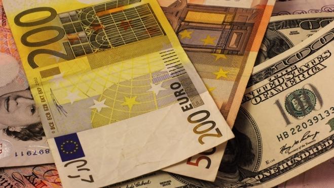 Иностранная валюта опять начала расти